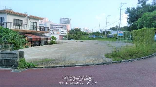 浦添市沢岻1386番地1号